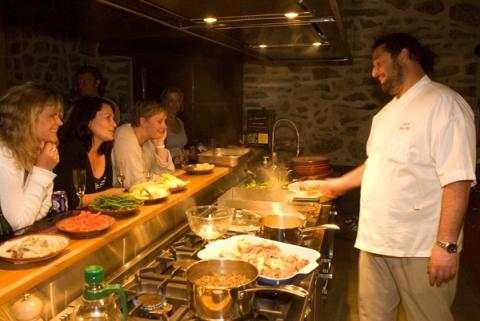 Pyr kitchen cook WEB